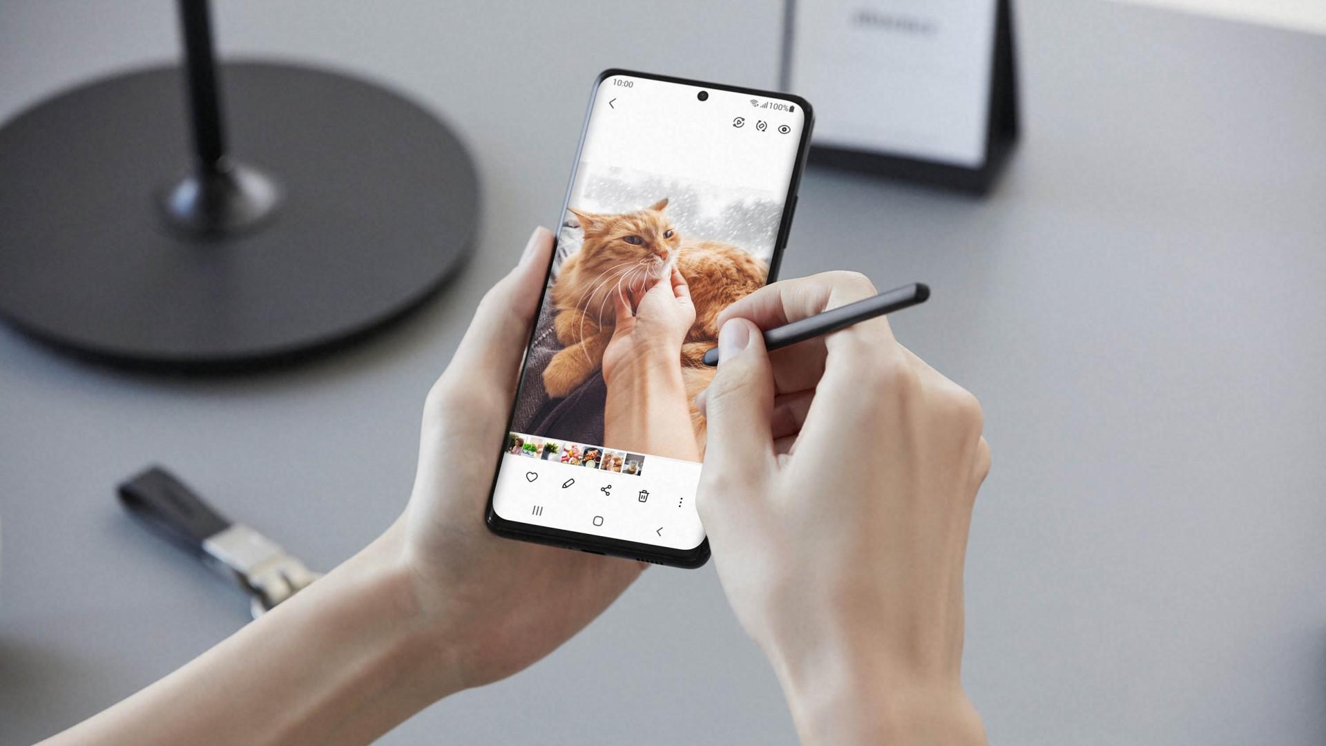 Samsung-Galaxy-S21-Ultra-S-Pen